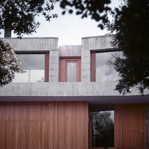 <p>17</p> <p>House in Madrid</p>